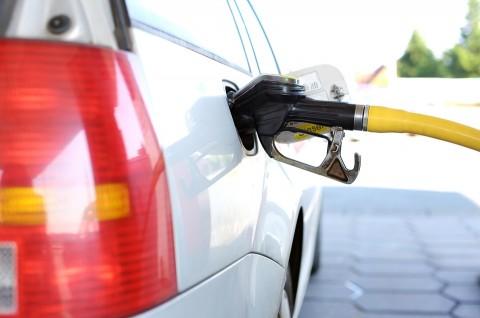 Como economizar combustível e gastar menos?